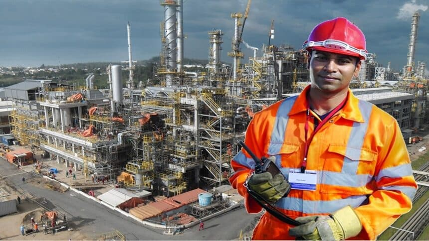 Cadastro de currículo em todas as funções para contratos Petrobras offshore na UO-Rio em Macaé e para trabalhar na refinaria REFAP, neste dia 11