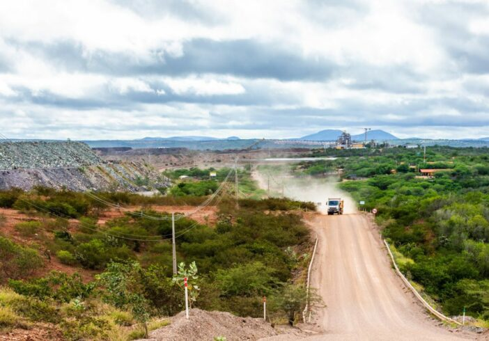 Equinox - mina de ouro - Bahia