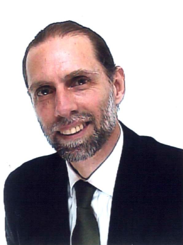 Prof. Cleveland M. Jones Especialista em Petróleo e Gás e Doutor