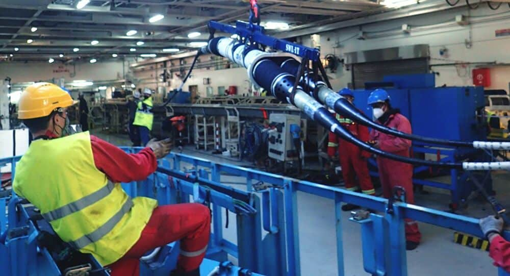 Fibra ótica - submarino - 5G