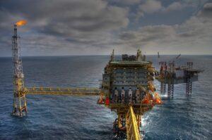 Petróleo, exploração, investimento