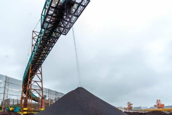 Politização - minério de ferro - Samarco