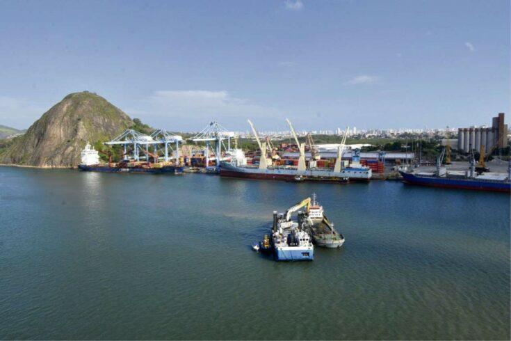 Indústria, portos, Espírito Santo