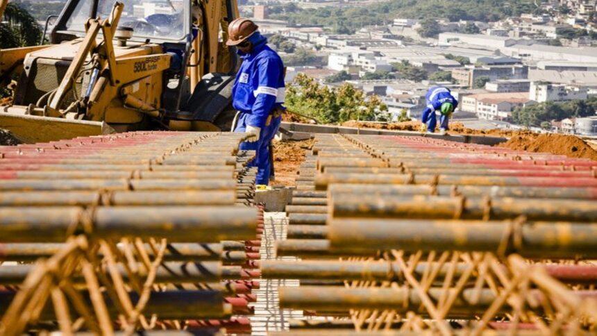 currículo - infraestrutura - emprego - construção civil