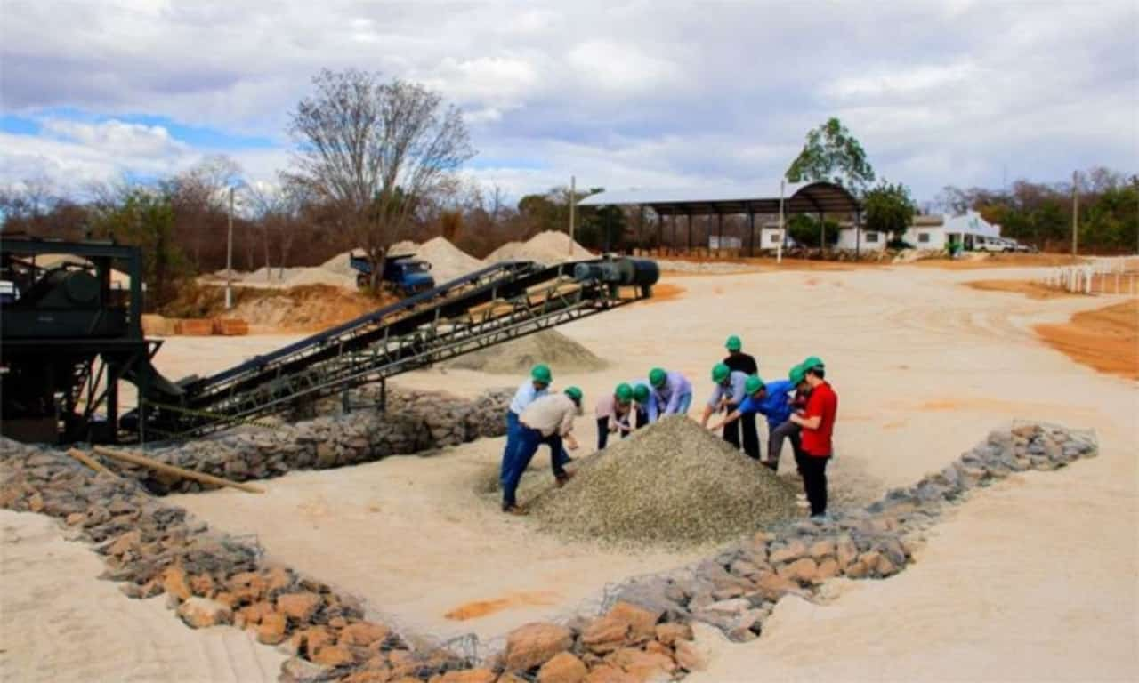Mineração - Lítio - Minas Gerais