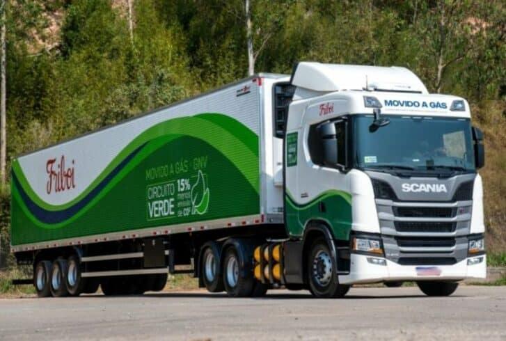 JBS - caminhão - gás natural