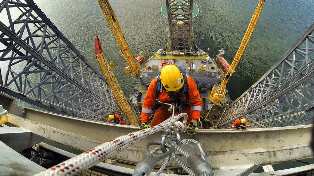 Emprego, Oil States, Macaé