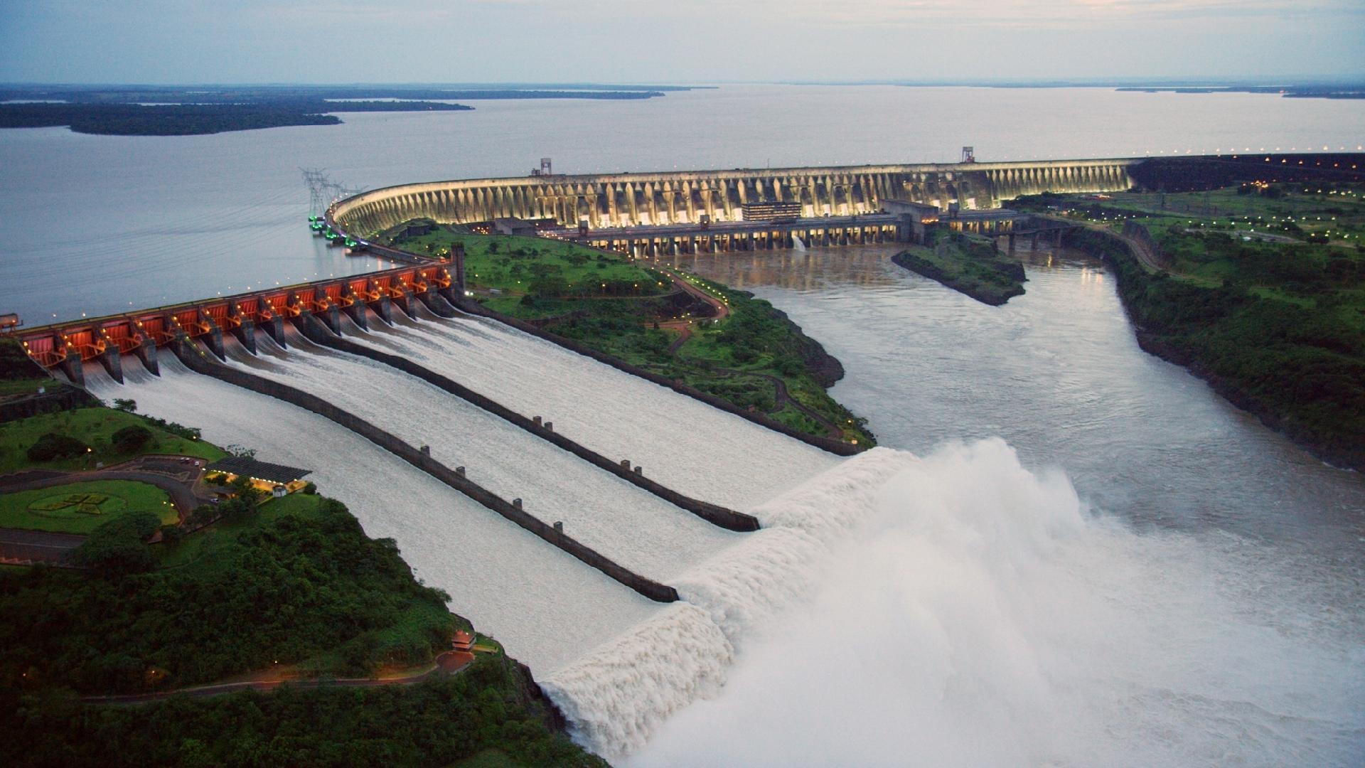 Usina - Itaipu - Hidrelétrica