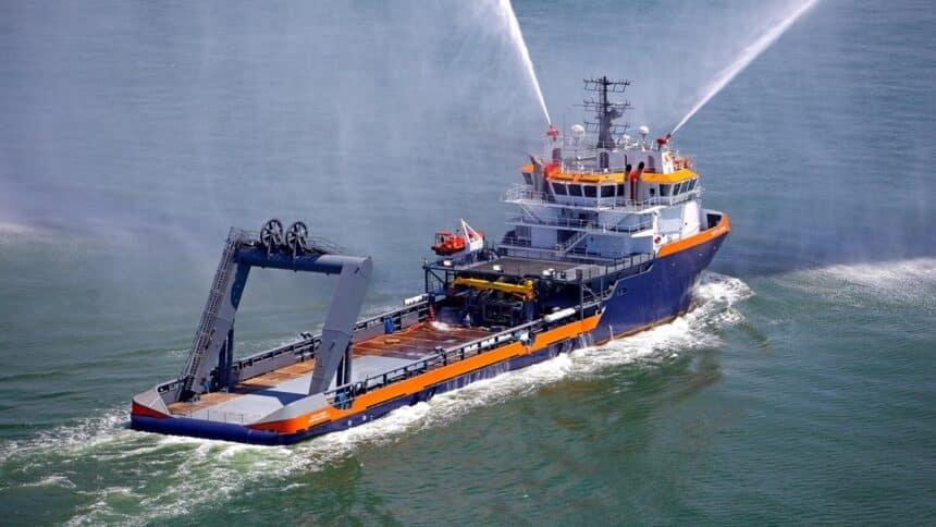 navio - AHTS - PETROBRAS - LICITAÇÃO