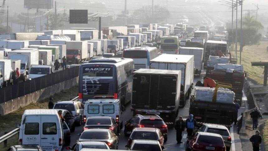 greve - preço do diesel - caminhoneiros