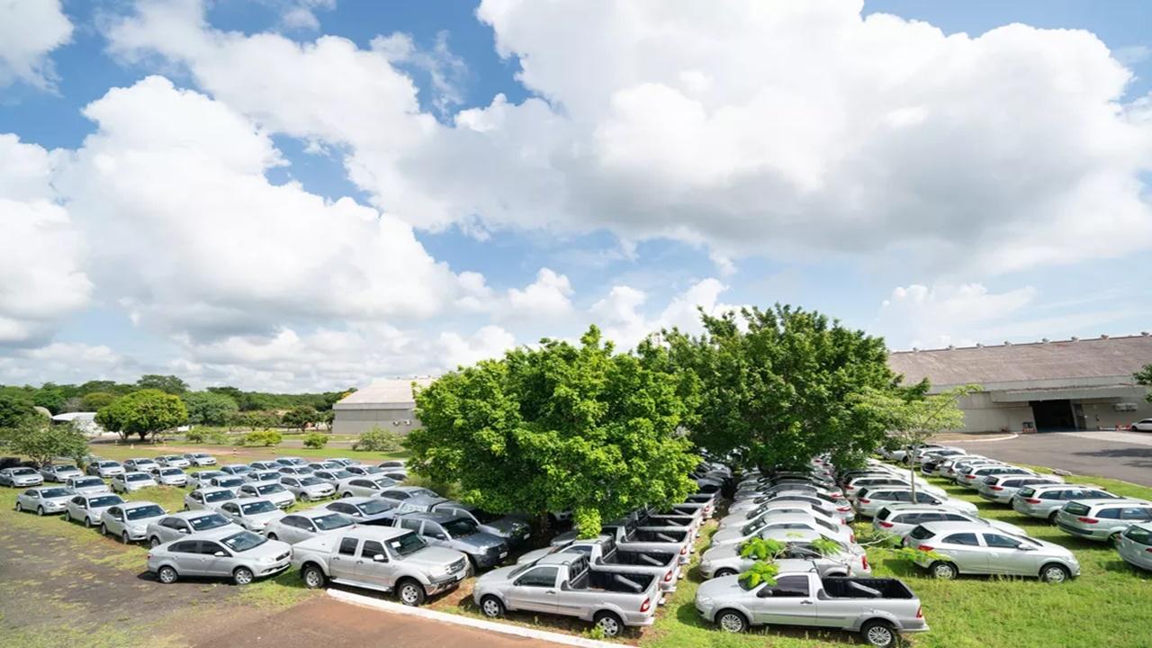carros elétricos - leilão online - usina