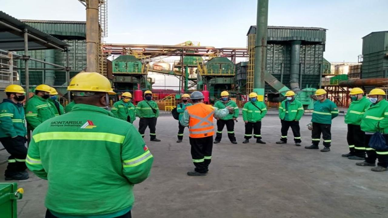 serviços industriais - emprego - minas gerais