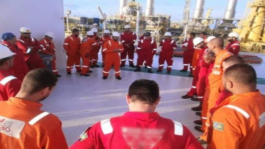macaé - emprego - caldeireiro - vagas - offshore