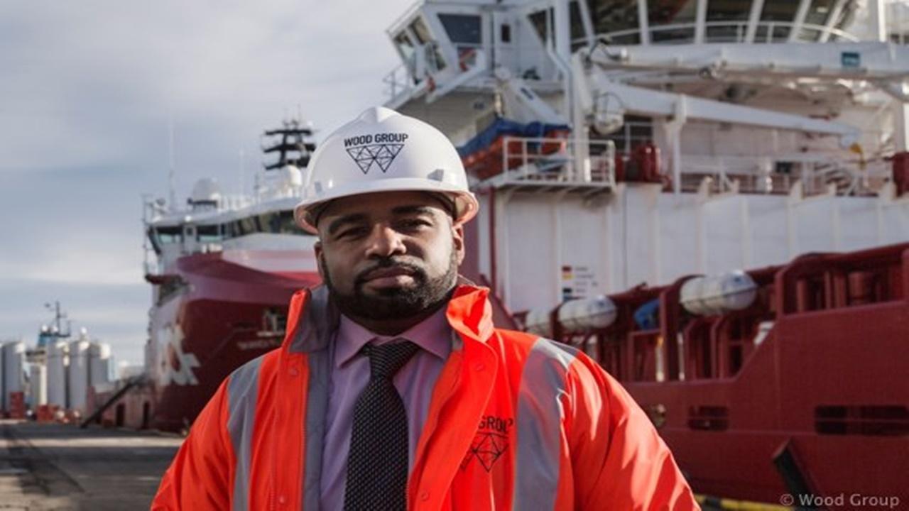 macaé - óleo e gas - emprego - rio de janeiro - ensino médio - engenheiro