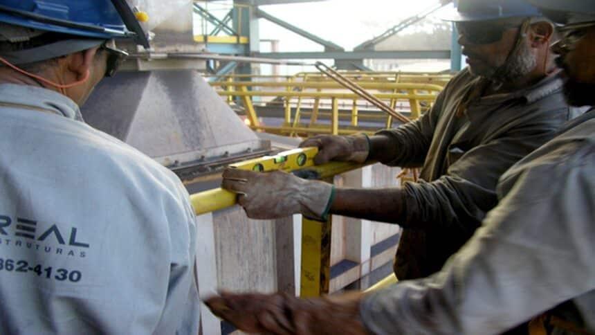 emprego - civil - industrial - vagas - minas gerais - ensino fundamental
