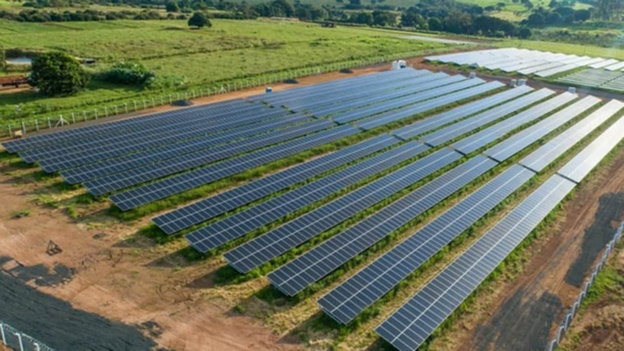 Americanas - energia solar - usinas
