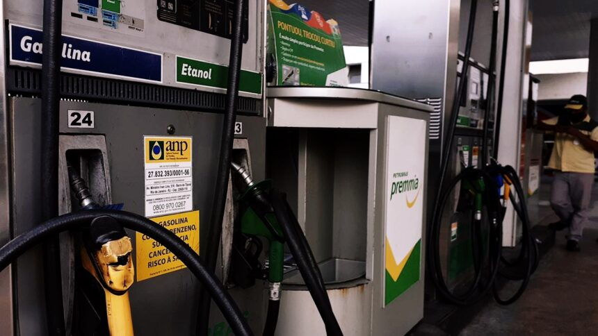 combustíveis - preço - valor - imposto - petrobras - bolsonaro - posto