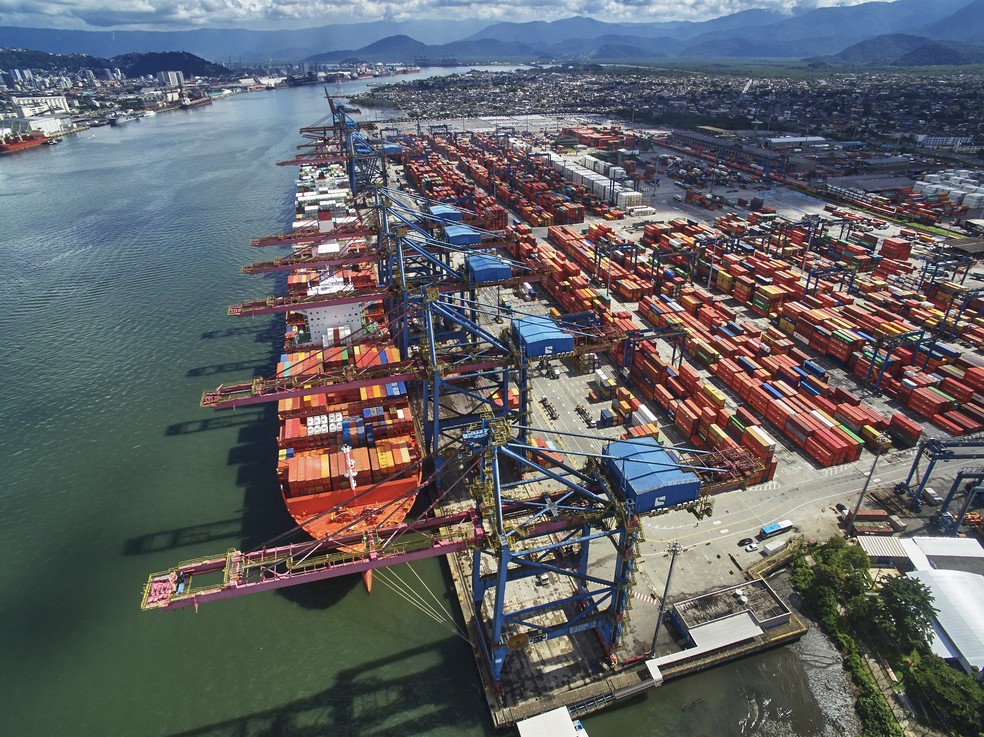 Porto de Santos, navios