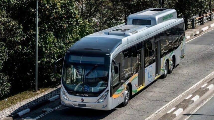 Ônibus - gás natural - Scania