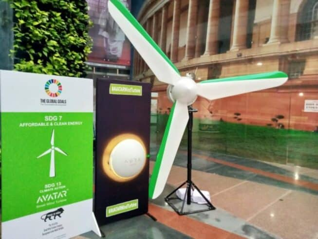 Startup - energia eólica - Smartphone