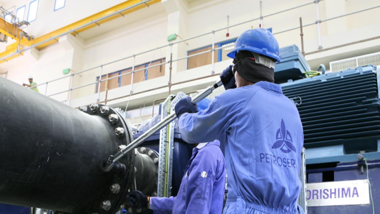 macaé - vagas - sonda de perfuração - petróleo - offshore - emprego - motorman