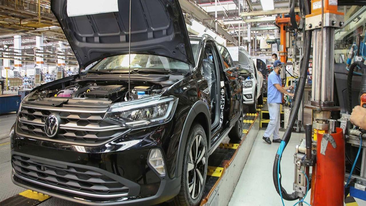 Volkswagen - carros elétricos - fábrica - vagas - golf - tiguan
