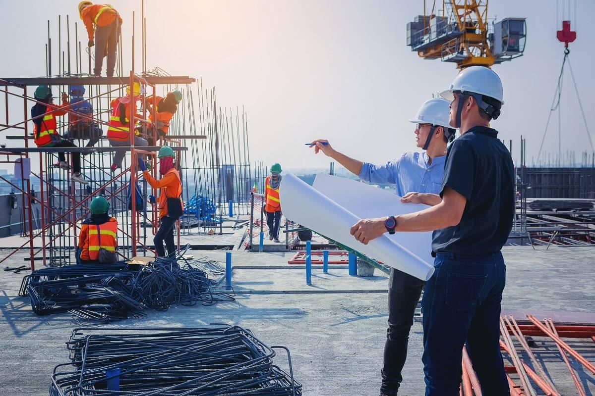 Construção civil, aço, insumos