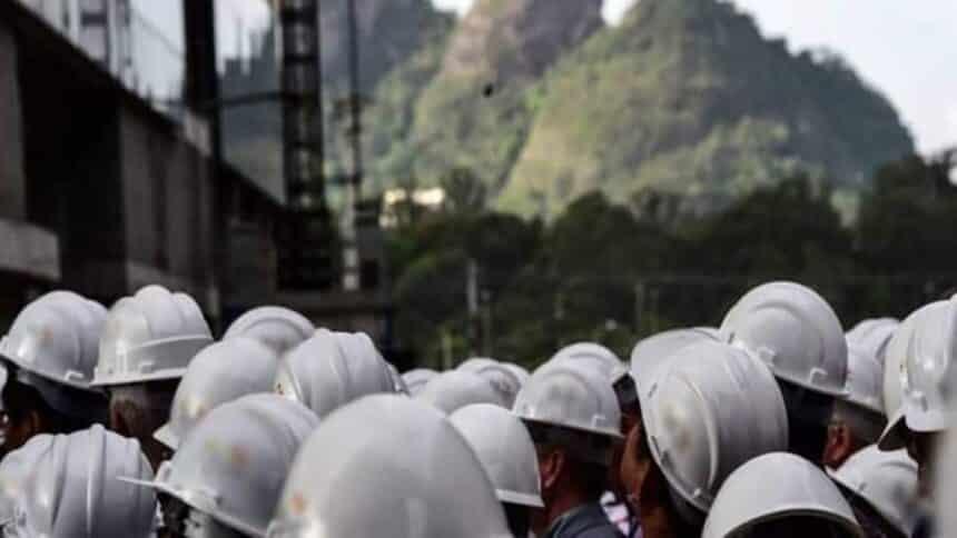 fábrica de celulose contrata para vagas de emprego no Sul