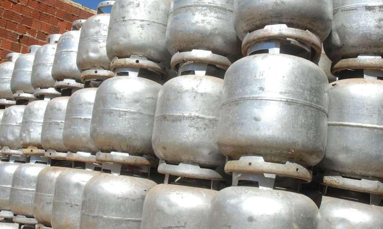 Governo - Maranhão - botijões de gás