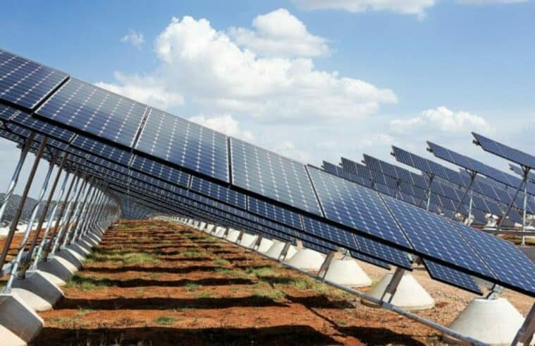 Usina - energia solar - rastreadores solares