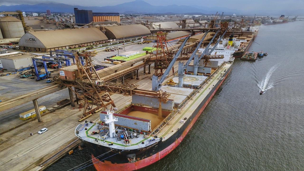 navios - graneleiro - cargueiro - Capesize - importação - exportação