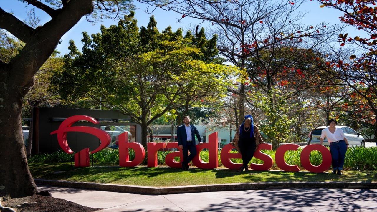 Bradesco - fundação - emprego - vagas - cursos gratuitos - jovem aprendiz - qualificação - sem experiência