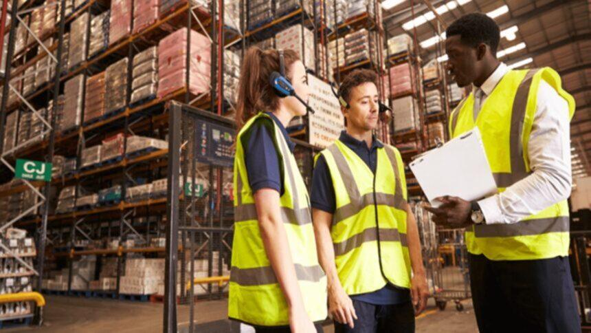 emprego - técnico - auxiliar de produção - operador - são paulo - jundiaí - sem experiência - ensino fundamental