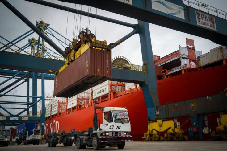 Porto de Santos - mão de obra - empregos