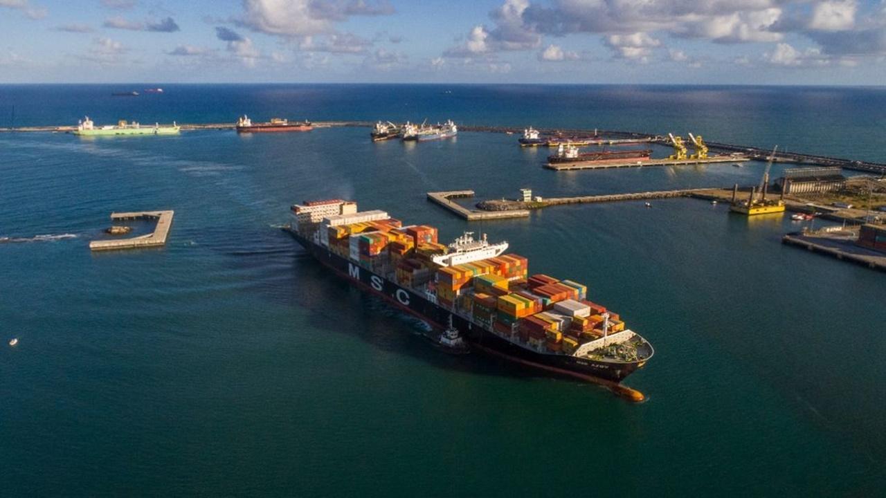 navios - new panamax - américa latina - porto - suapé - pernambuco