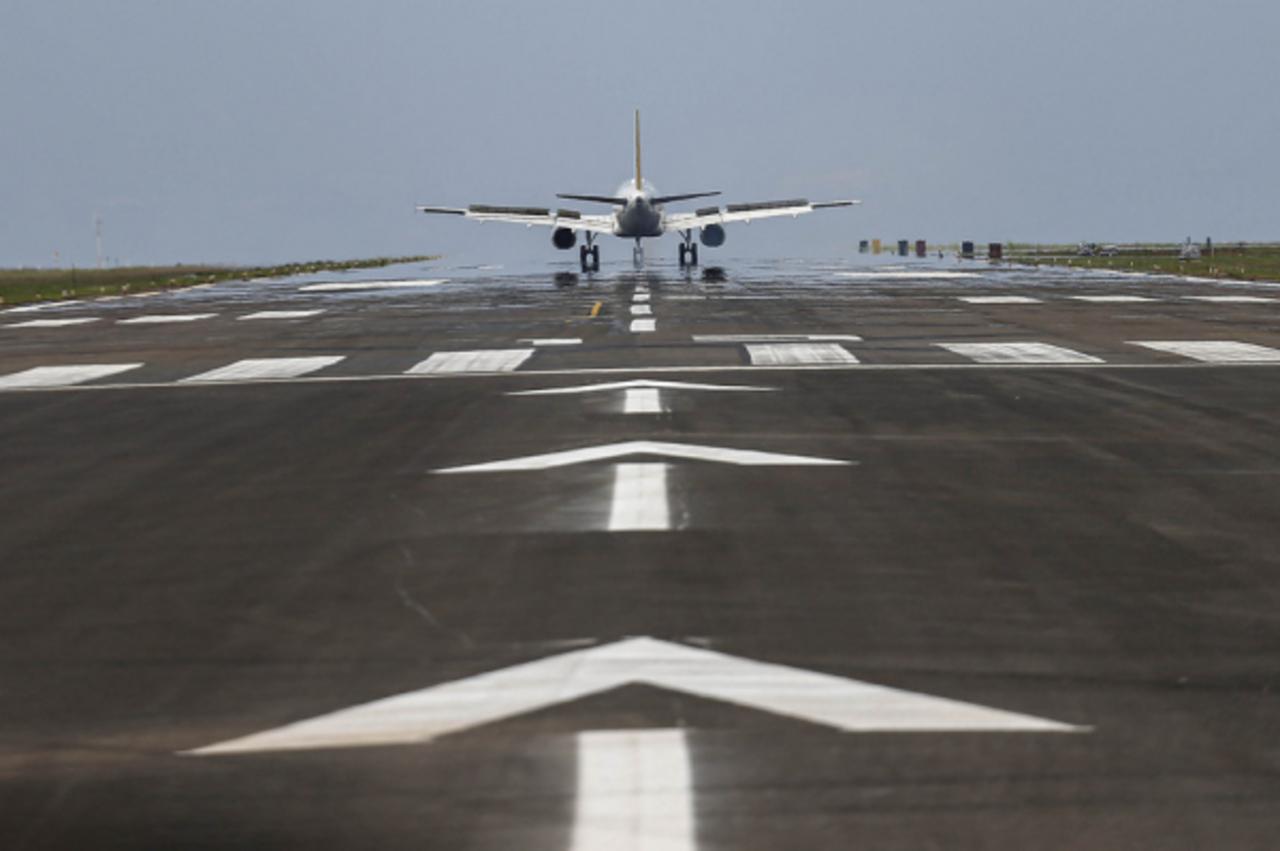 paraná - aeroporto - Itaipu - investimento