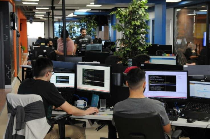 Tecnospeed- CURSOS GRATUITOS - MARINGÁ - TI -programadores
