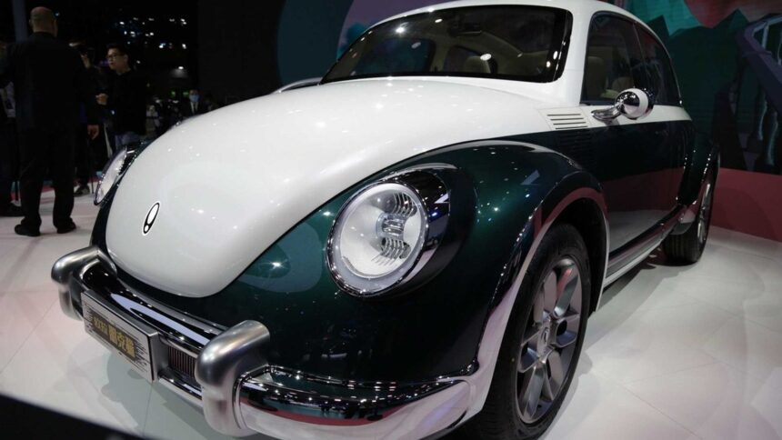 Volkswagen - Ford - fusca -Gol - Voyage - SP - fábrica - produção - carro elétrico - chineses