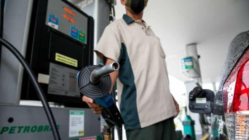 gasolina - diesel - preço - etanol - refinaria - vagas - petrobras - combustíveis