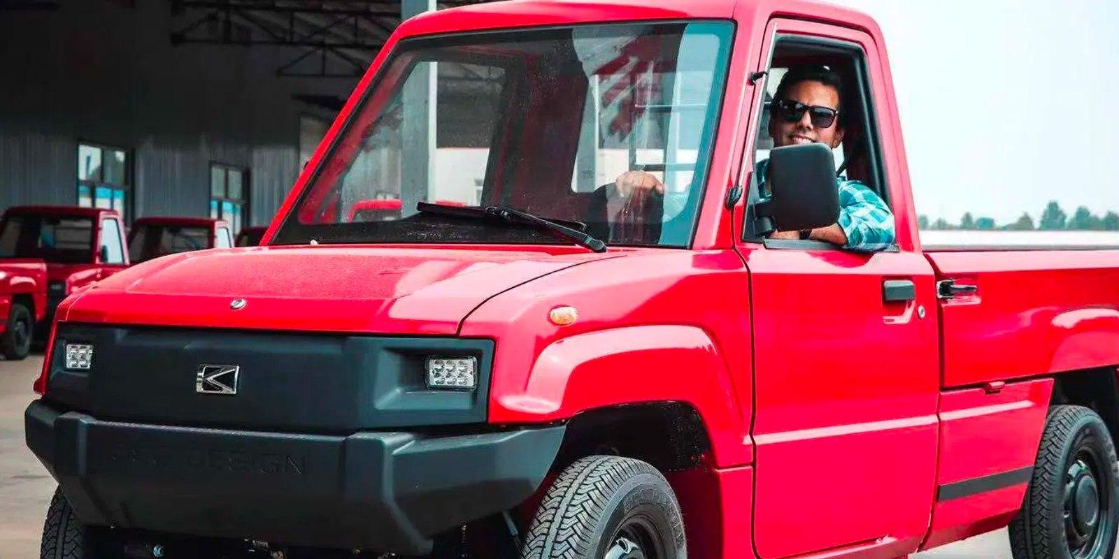 reprodução electrek.co / Alibaba vende na internet mini caminhonete elétrica com foco em carga e autonomia de 120 km; preço do veículo elétrico surpreende