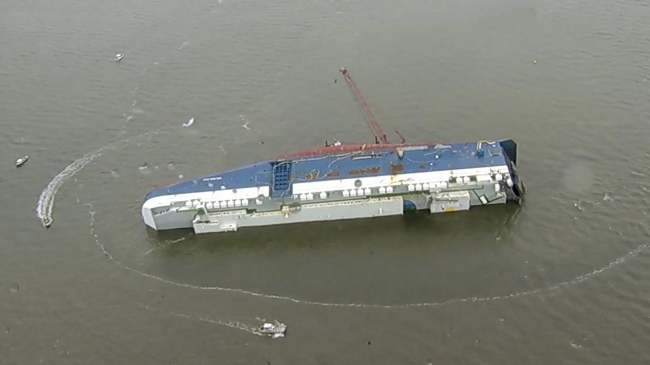 navio - Hyundai - carros - naufrágio