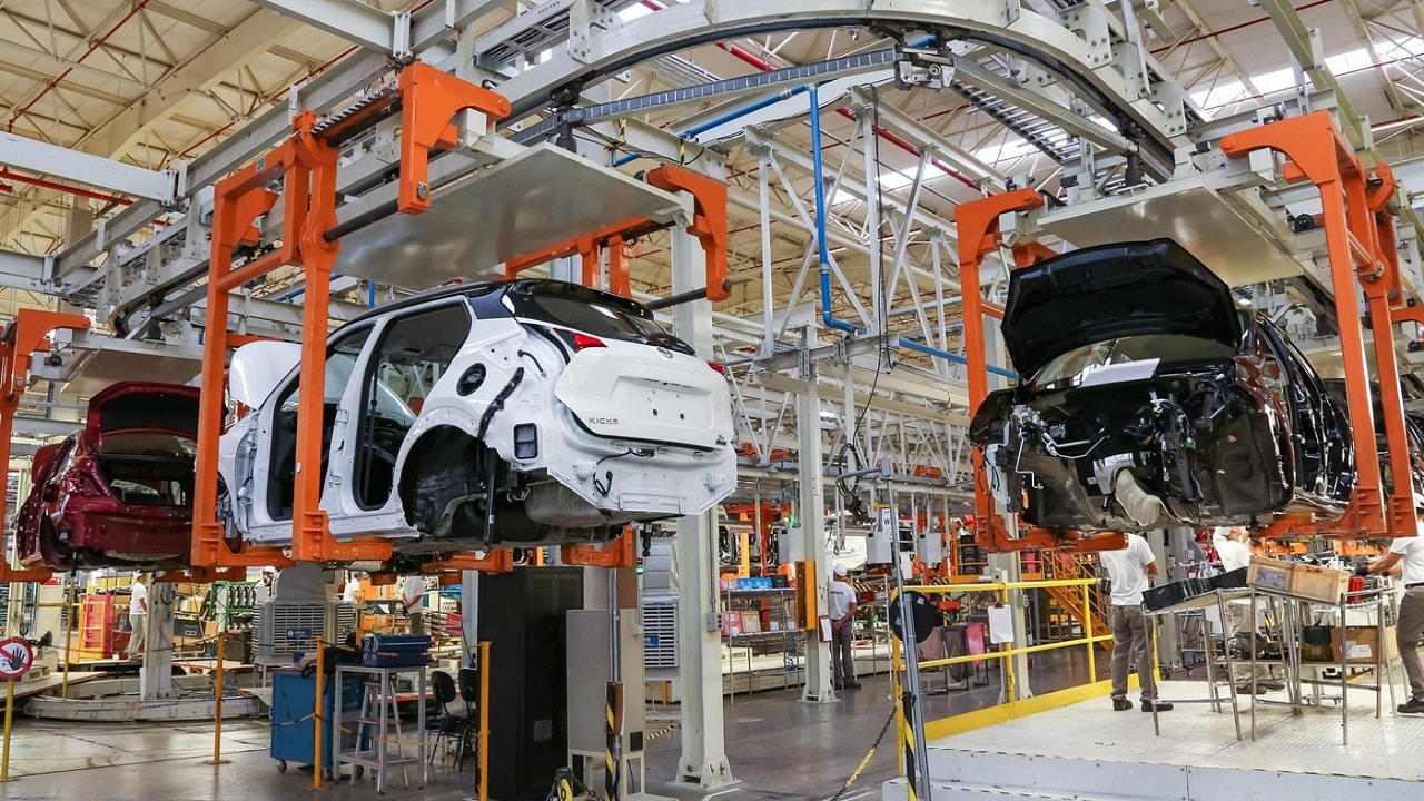 General Motors - Nissan - fábrica - RJ - veículos - trabalhadores