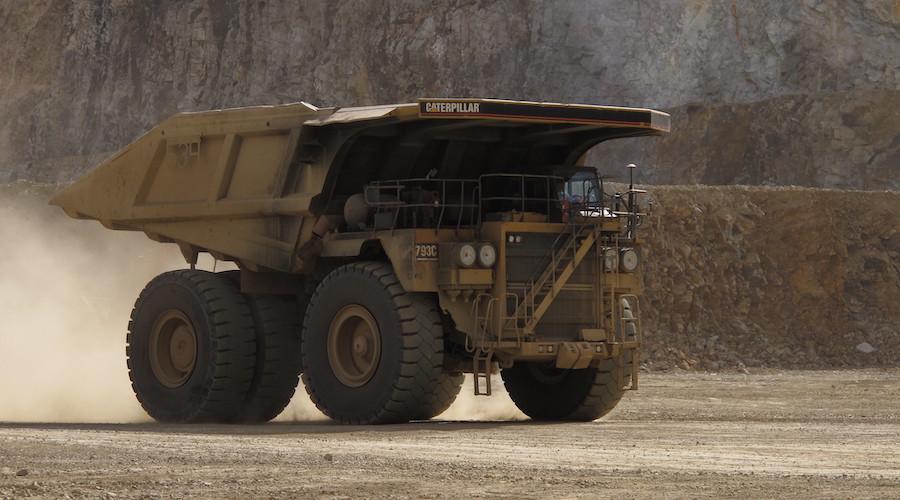 Mineradoras – caminhões – Vale