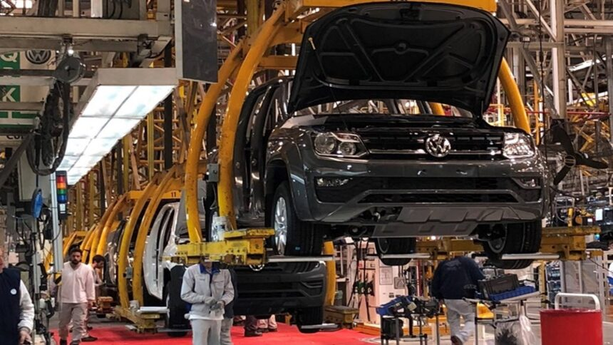 Volkswagen - Ford - Toyota - produção - emprego - fábrica - SP - Gol - Voyage - Golf