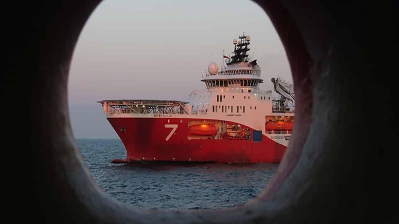 emprego - vagas - rio de janeiro - subsea - técnicos - engenheiros - operador - ensino superior - ensino médio