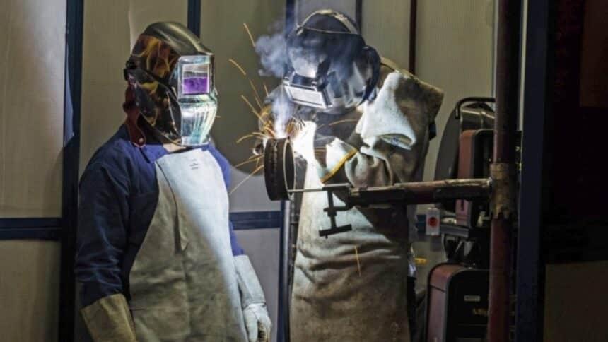 Firjan - senai - macaé - cursos técncios - qualificação profissional - construção civil - cursos profissionalizantes - petróleo e gás