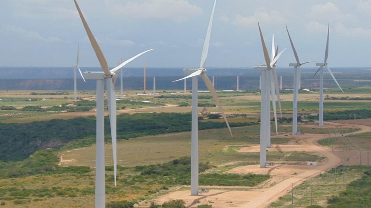 Energia eólica - Industria - energia renovável - profissionais