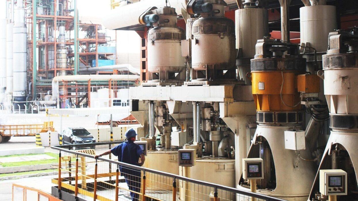 usina - ipiranga - etanol - preço - emprego - vagas - produção - operador - mg - ajudante - mecânico - motorista - ensino fundamental - ensino médio