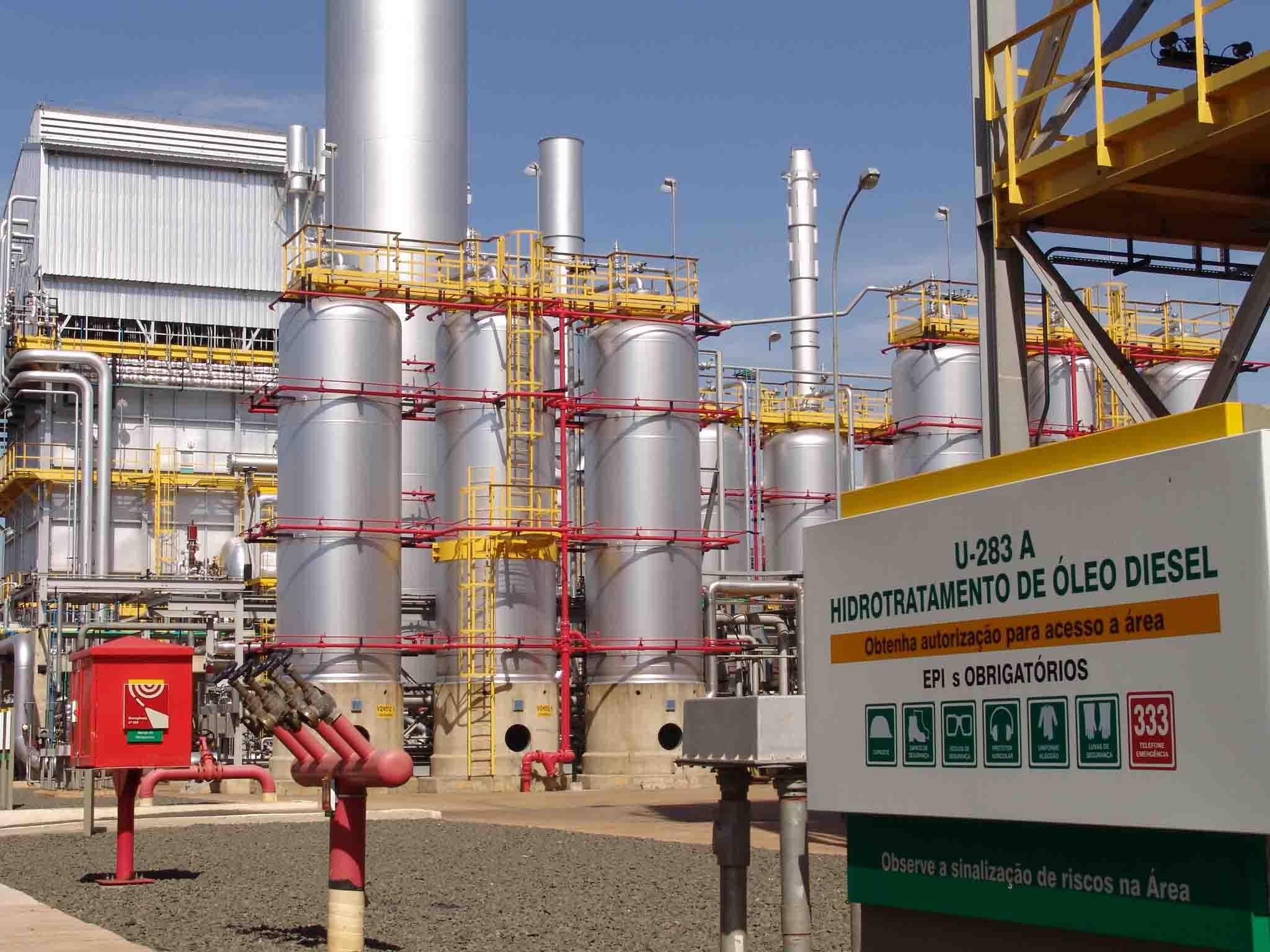 refinaria - diesel - preço - gnv - petróleo - emprego - sp - etanol - gasolina - combustível