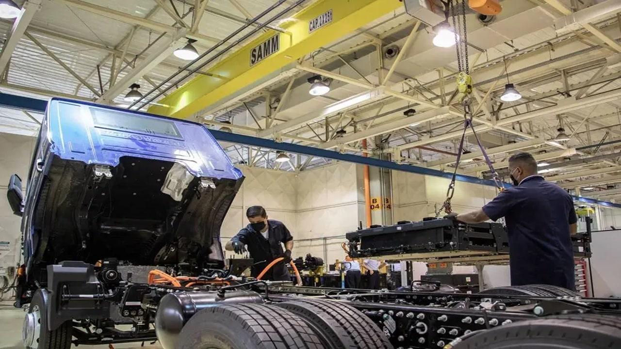 ambev - coca cola - JBS - Volkswagen - preço - caminhões - ônibus - bosch - ABB - Siemens - produção - fábrica - veículos elétricos - consórcio